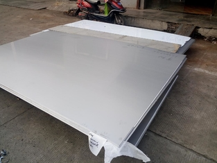ประเทศจีน Cold Rolled 304 316L Stainless Steel Sheet / Plate With Thickness 0.4-3.0mm ผู้ผลิต